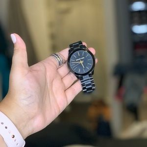 Michael Kors black and gold watch🖤✨